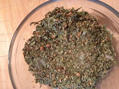 peppercorns, coriander seeds, salt, mint and oregano
